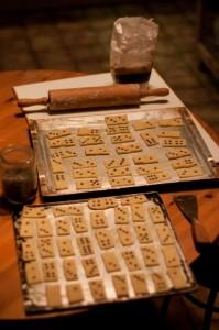 bakblik met zelfgemaakte koekjes